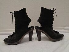 Calleen Cordero Latigo lace up Ankle boot in pewter distressed leather SZ 7