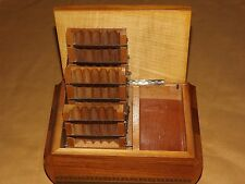 VINTAGE TOBACCO MUSICAL CIGARETTE HOLDER WOOD BOX