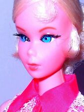 Vintage Mod 1969 Platinum Blonde Talking Nape Curl Barbie 1115 TNT Era