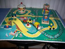 Vintage Fisher Price Little People Amusement Park # 932 w/ Wood Figures & Extras