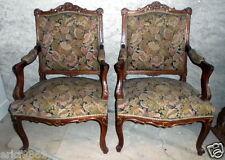 superbe paire de fauteuils Louis XV en bois doré et noyer