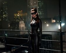 Anne Hathaway Unsigned 8x10 Photo (19) Catwoman