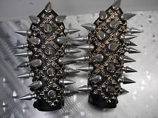 GIANT SPIKE AND STUDS  GAUNTLETS. DEATH METAL (MDLG0247)..... THY LIGHT'S
