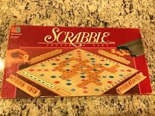 VINTAGE 1989 EDITION SCRABBLE FAMILY CROSSWORD BOARD GAME IN NICE CONDITION!