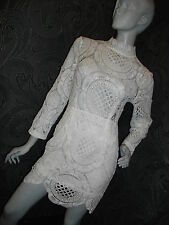 AMAZING NEW * 2 Dy 4 * CREAM HIGH NECK LACE BODY CON MINI DRESS SIZE M 12 14