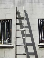 Pre-Owned 10 Ft Double Extension Aluminum Ladder