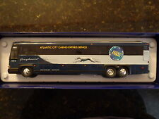 Custom Corgi Greyhound MCI DL3 Neoclassic bus 1:50 Limited Edition Lucky Streak