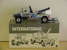 FIRST GEAR  INTERNATIONAL 4400 SERIES TRUCK, JERR-DAN TOW BODY  1/34, DIE-CAST