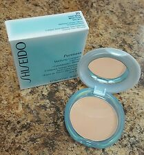 Shiseido Pureness Matifying Compact Oil-free Foundation #20 light beige 11g