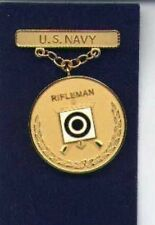 US Navy Rifleman Shot Shooting badge in gold