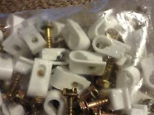 100 SINGLE WHITE OR BLACK FLEXIBLE SIDING CLIPS! MOUNT THAT CABLE NOW!