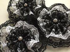Traumschöne Spitzen Blüte,Rosette,Applikation,Schwarz,Weiß,10cm