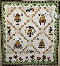 Honey Bee Lane COMPLETE Applique Pattern & Accessory Pack The Quilt Company BOM