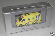 "Herpa h0 1:87 Exclusiv serie mercedes-benz t1n ""Ambulance"" embalaje original (eh30)"