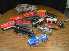 VINTAGE MODEL RAILROAD ENGINES, CARS & TRACK