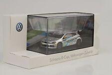 Volkswagen Scirocco R-Cup #20 accesorios 1:43 Spark Dealer