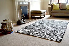 Diamond Pattern Cotton Rug Black White HandMade Woven Geometric 120x180cm 6x4