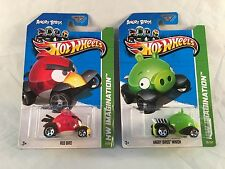 Hot Wheels ANGRY BIRD RED BIRD & MINION - Nice Card see photos