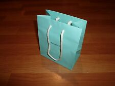 1x NEW AUTHENTIC TIFFANY & CO. PAPER GIFT BAG (SIZE SMALL)
