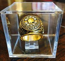 RARE Chicago Blackhawks 1960 1961 Season Championship Ring w/ Display Case