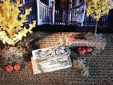 Halloween TOMBSTONE ~ Eternal LOVE ~ 2 skeletons on CRYPT Headstone Dept 56