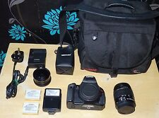 Canon EOS 600D/Rebel T3i 18.0MP slr + kit avec EF-s 18-55m IS II + lot de extras