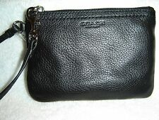NEW COACH PARK LEATHER SMALL WRISTLET (BLACK)  F51763