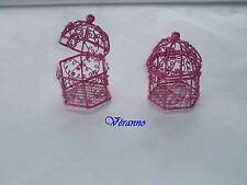 Mini-cage oiseaux en métal fuchsia. Contenant pour dragées