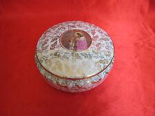Bonbonnière boite bijoux porcelaine LIMOGES médaillon communion rinceaux dorés