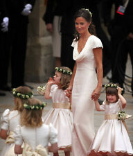 Pippa Middleton UNSIGNED photo - D1794 - Royal bridesmaid