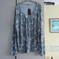 . Ladies  longer length tunic top. , size 22 . NWT