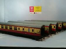 Hornby Dublo  5 Coaches Tin Plate 3X Brake Coaches 2X Composites