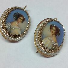 ENAMEL PAINTED CAMEO AND SMALL PEARLS IN 14K YELLOW GOLD HOOK EARRINGS