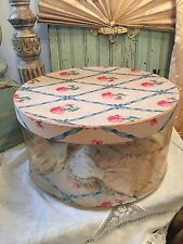 Shabby Old Vintage Chic Ribbons & Pink Flowers Wallpaper & Clear Plastic Hatbox