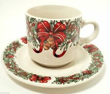 THE CELLAR HOLIDAY WREATH CHINA 1995 MACEY'S CUP (s) & SAUCER (s)  NICE ! XMAS