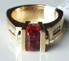 Garnet, Emerald and Diamond Ring 14K Yellow Gold, heavy, custom made, estate