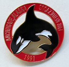1991 Anchorage Alaska FUR RENDEZVOUS brooch pinback pin WHALE