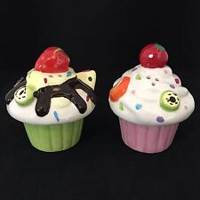 Vintage Cupcake Salt and Pepper Shakers Linx Trade Group