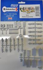 Dapol C012. Station Accessories - Plastic Kit (00) Railway Model