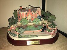 Disney Haunted Mansion Olszewski Miniature Figure w 3 scenes WDW Main St USA NIB