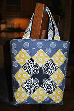 Patchwork Tote Bag PATTERN, Quilting, Sewing, Scrap pattern, Mini Charm friendly