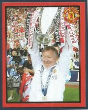 PANINI MANCHESTER UNITED 2008/09 #010-ALEX FERGUSON LIFTS THE LEAGUE TROPHY