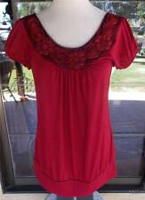 Red Rosette Neckline Short Sleeve Banded Bottom Shirt Sz. M