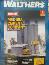 Walthers N #933-3218 Medusa Cement Company -- Kit - 5-3/8 x 4-1/2""