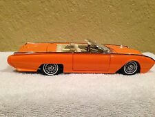 1:24 Danbury Mint 1962 Ford Thunderbird Custom in OVP