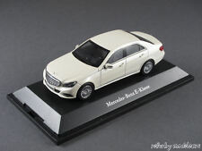 1/43 Kyosho Mercedes Benz E-Klasse (W212) 2013 - Diamantweiß metallic - 141062