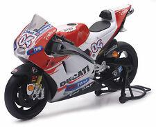 Ducati Desmosedici GP 2015 # 4 Andrea Dovisioso 1:12 Modell von NewRay
