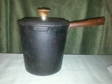 Elder Cast Iron 1 Quart pot with lid and Stainer