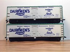"HO Scale ""Dairymen's League"" 40 Foot Reefer Freight Train Car / Lot Of 2"