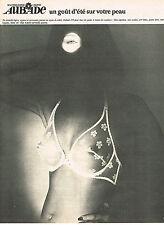 PUBLICITE ADVERTISING 044   1975   AUBADE   soutien gorge dentelle